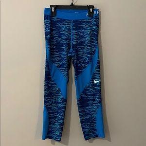 Nike Pro Dri-Fit Cropped Leggings Size Sma…